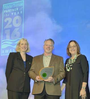 David Malcom receiving the 2016 EPA WaterSense® Excellence Award